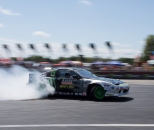 Baggsy meets his Toyota Chaser at Fat Five Racing
