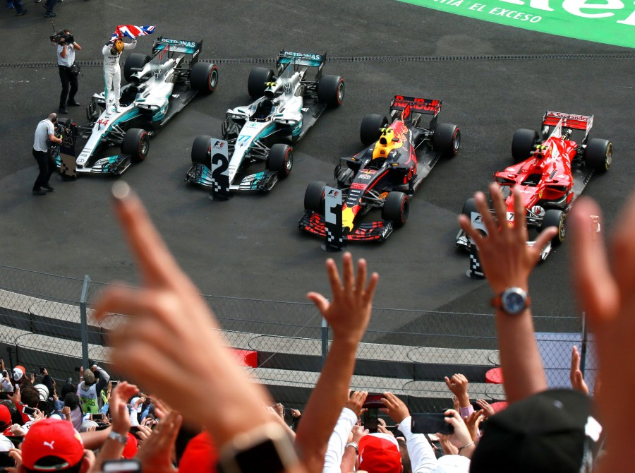 Sunday images from the 2017 Mexican Grand Prix